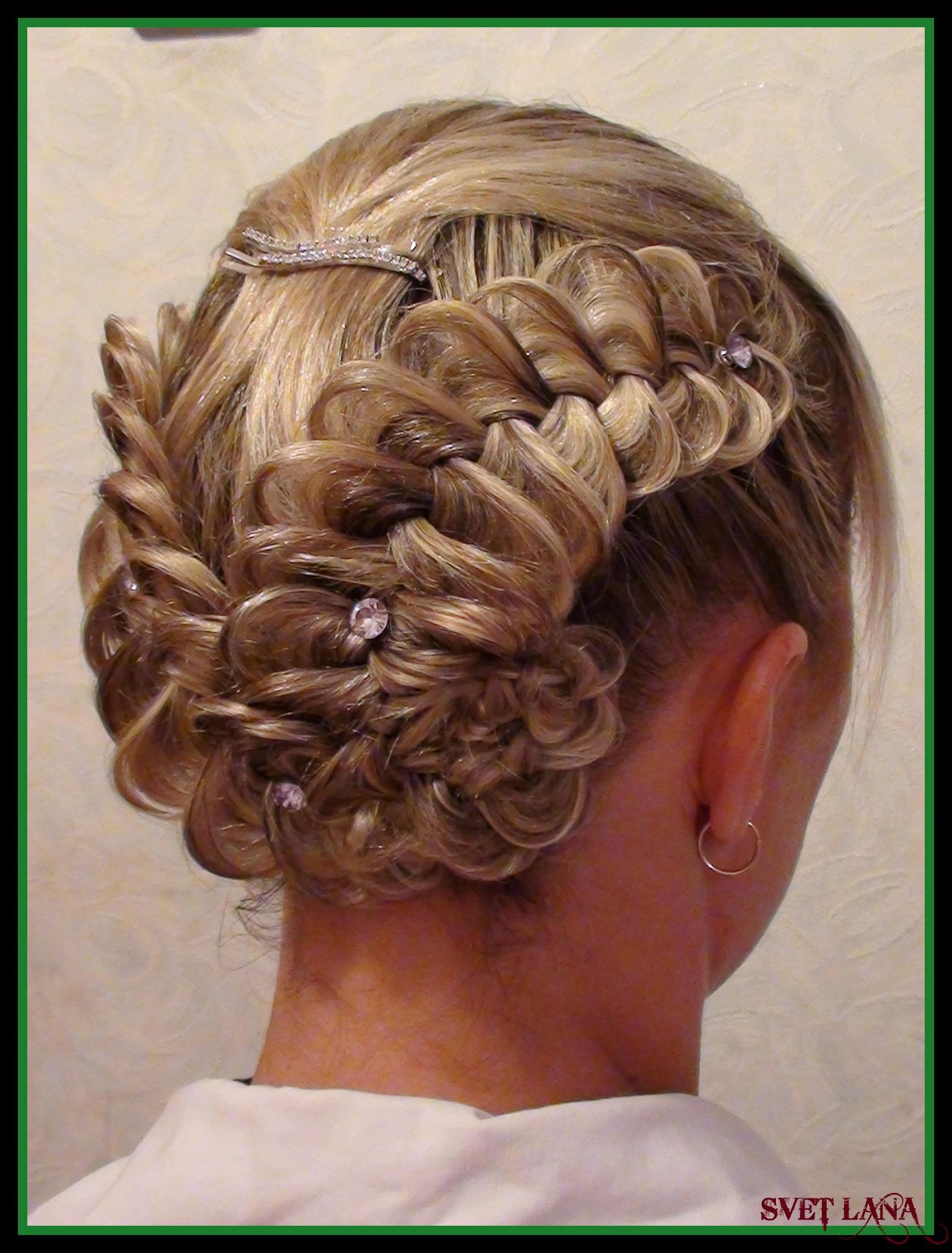 Прическа из кос на средние волосы фото
