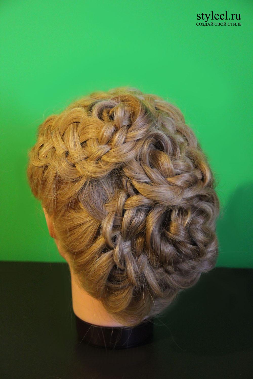Прическа цветы из объемных кос