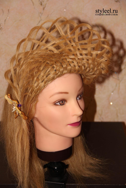 Шляпка из волос. Прическа на длинные и средние... -…