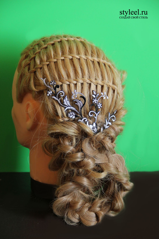 Прически с элементами плетения кос