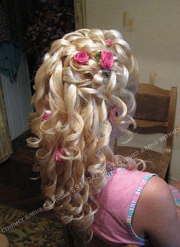 прически с накрученными волосами фото для детей