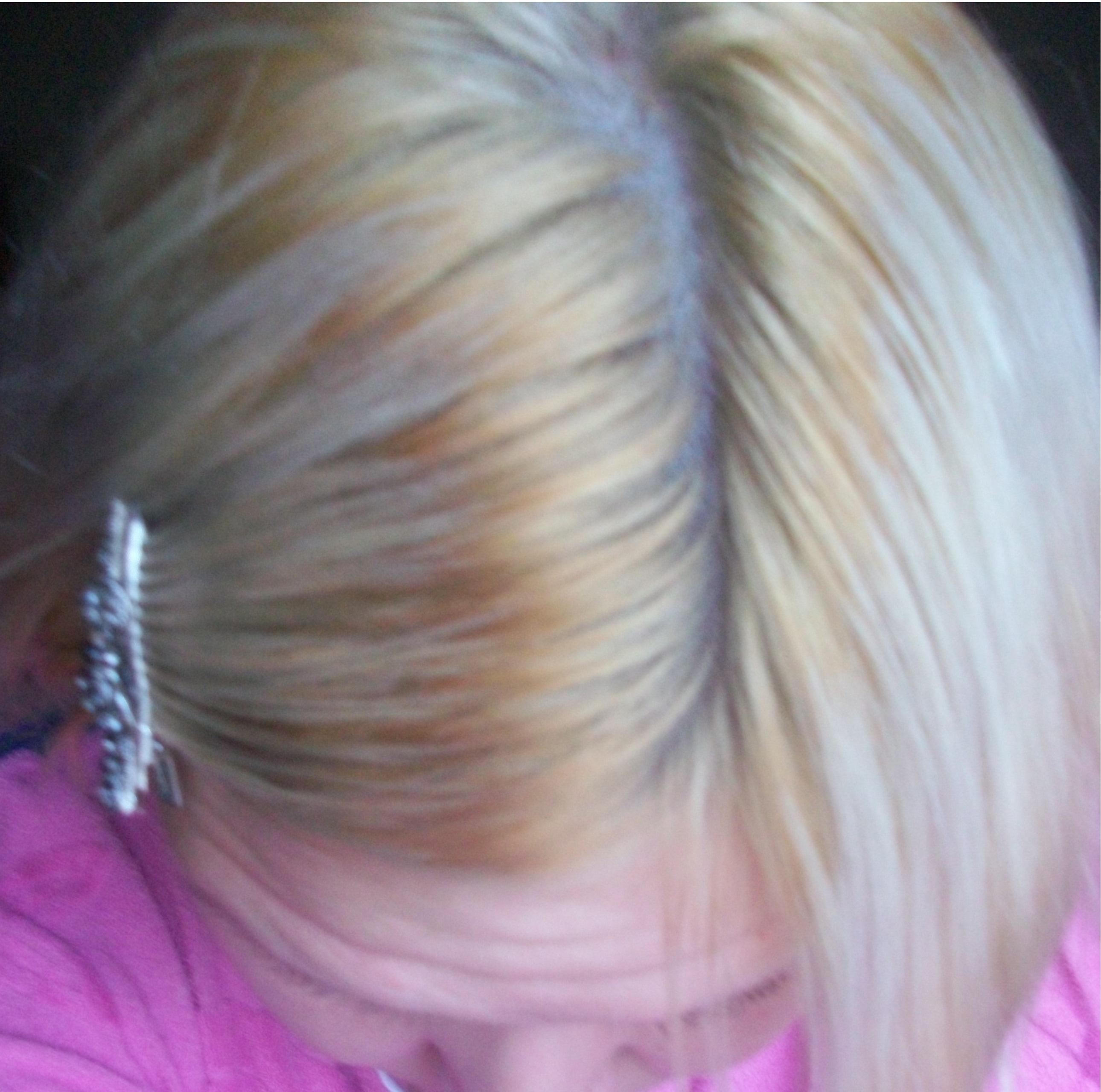 Цвета белых нарощенных волос