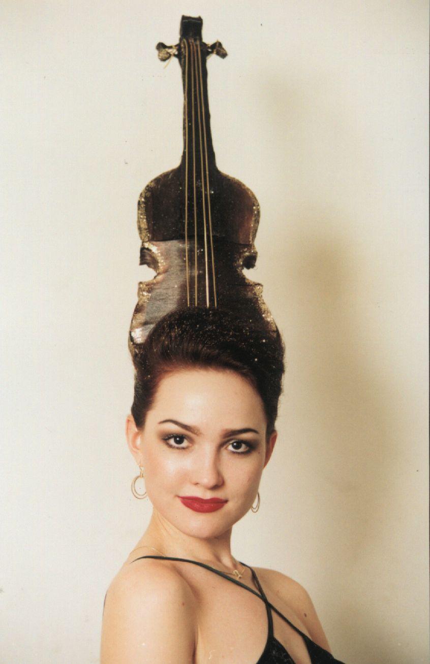 скрипка из волос из коллекции Симфония любви.jpg