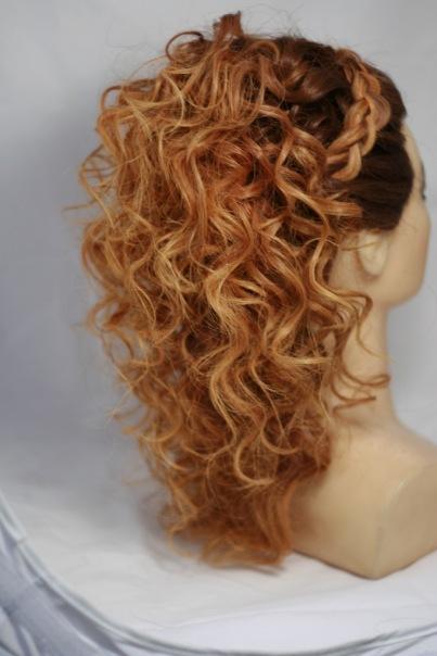 Прическа - полураспущеннные волосы с косами. Работы учеников