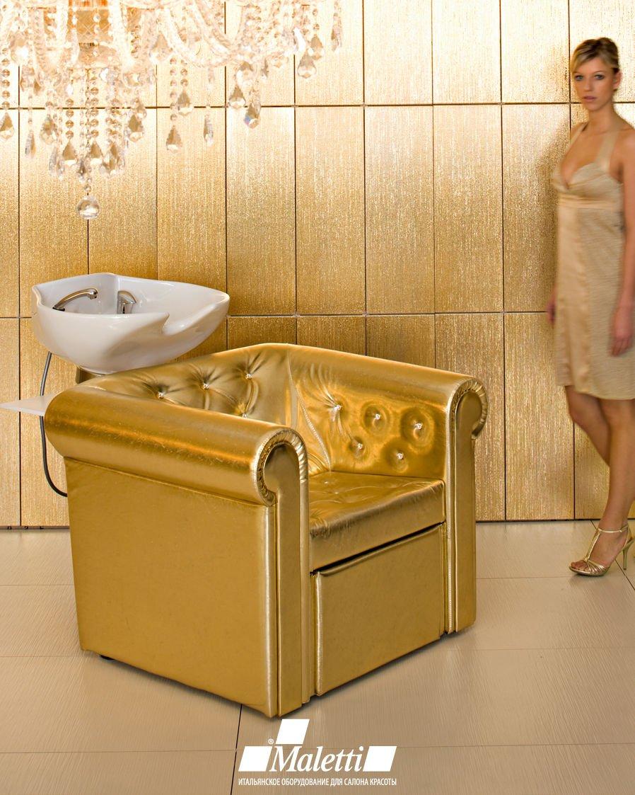 goldenight-05.jpg